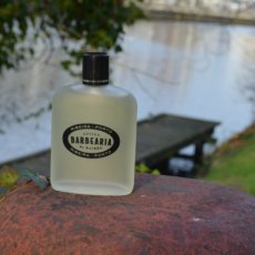 Antiga Barbearia de Bairro aftershave lotion